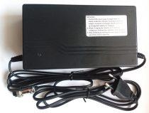 48V 2.5A ólom akkumulátor töltő
